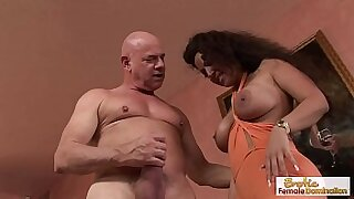 21:46: Nasty guy wraps his pretty feet around his studs fat cock hunk