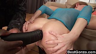 Solo girl creampied while ass hole is healed from the back sun - 9:45