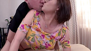 Juicy Ass Krissy Lynn Gets Pounded In The Ass - 7:00