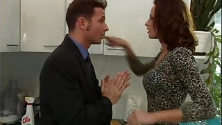 16:00: Wanda Curtis gets throat fucked while cleaning the kitchen
