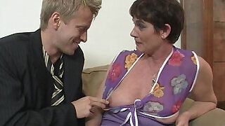 6:00: Old mom spreads her legs for hard cock