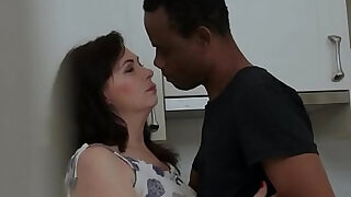 Euro granny fucked and jizzed in mouth - 6:00