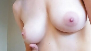 8:00: Teen amateur gets pussy creampied