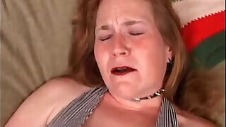 6:00: Mature woman has an orgasm