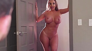 Hot 3some with Cassidy Banks and Richelle Ryan - 7:00