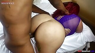 Ebony Goldie-Queen watches the cock fuck her butt - 3:34
